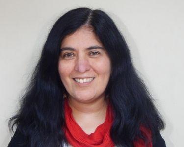 Fotografía de la profesora Lorena Céspedes