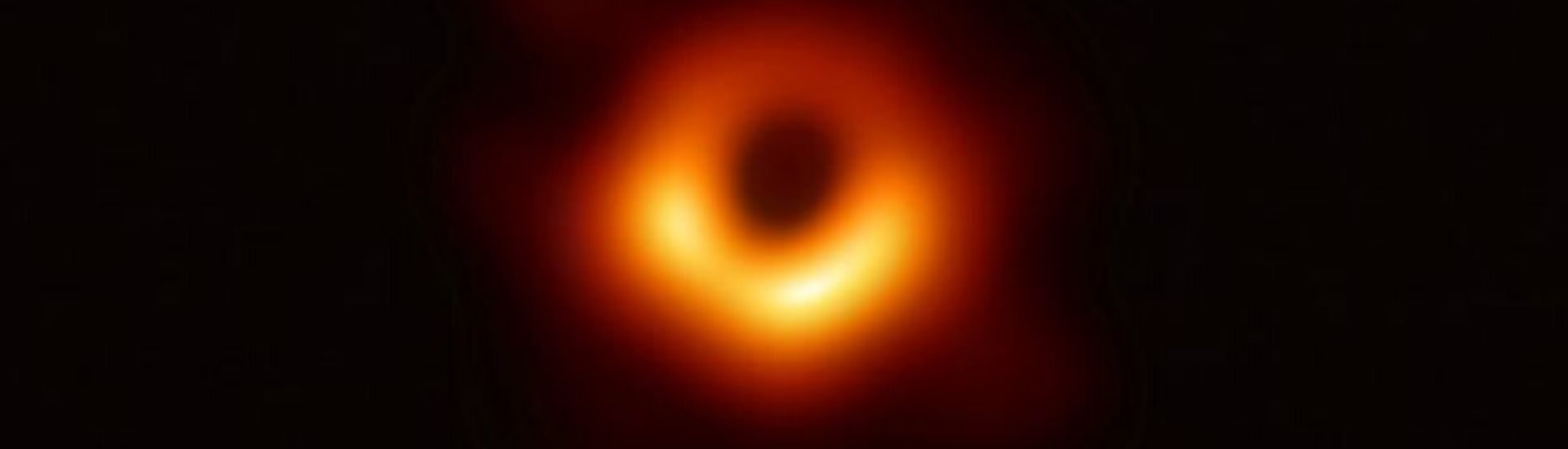 foto de un agujero negro