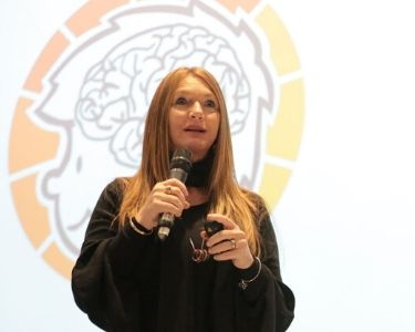 Anna Lucia Campos