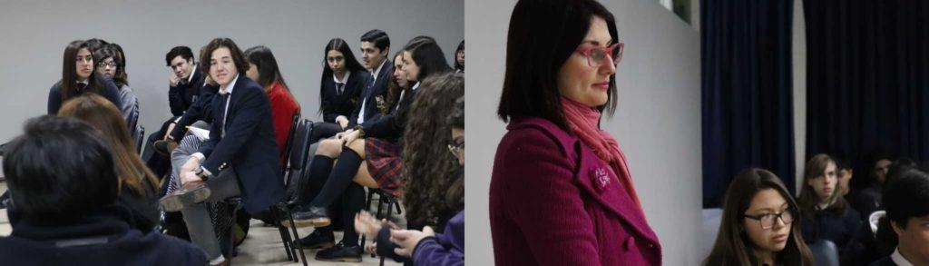 Imagen de la profesora María Castro Abarca con sus estudiantes