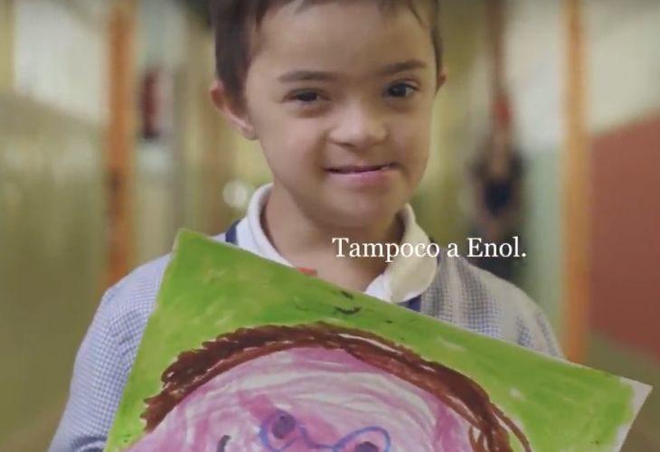 Imagen de Enol en la campaña quién es quién