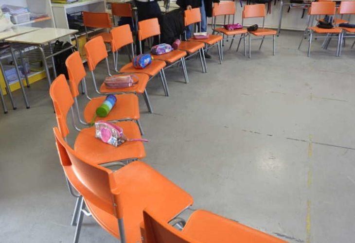 Foto de sillas de colegio