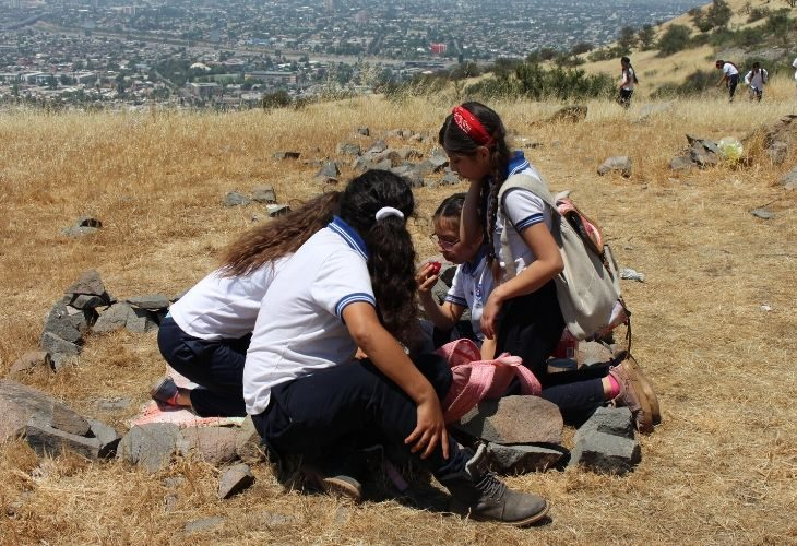foto de estudiantes en el cerro