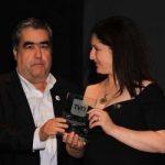 """Profesora de Lenguaje y Comunicación obtiene el """"Premio TVN al favorito del público"""""""