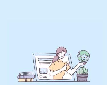 Ilustración de una docente que sale de una pantalla durante una clase virtual, a su alrededor tiene varios elementos como una planta y un planeta tierra.