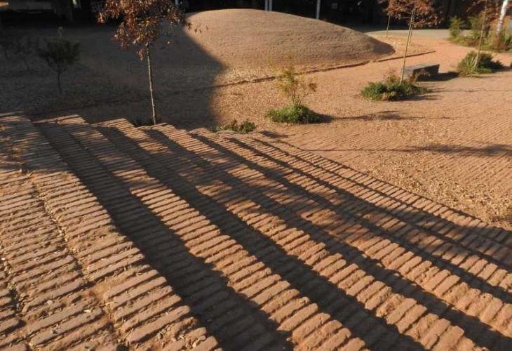 Fotografía patio vivo del colegio Ayelén.