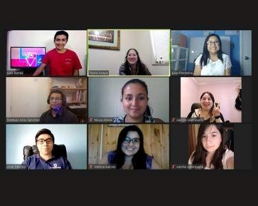 Screenshot del programa radial realizado en Zoom para valorar la profesión docente